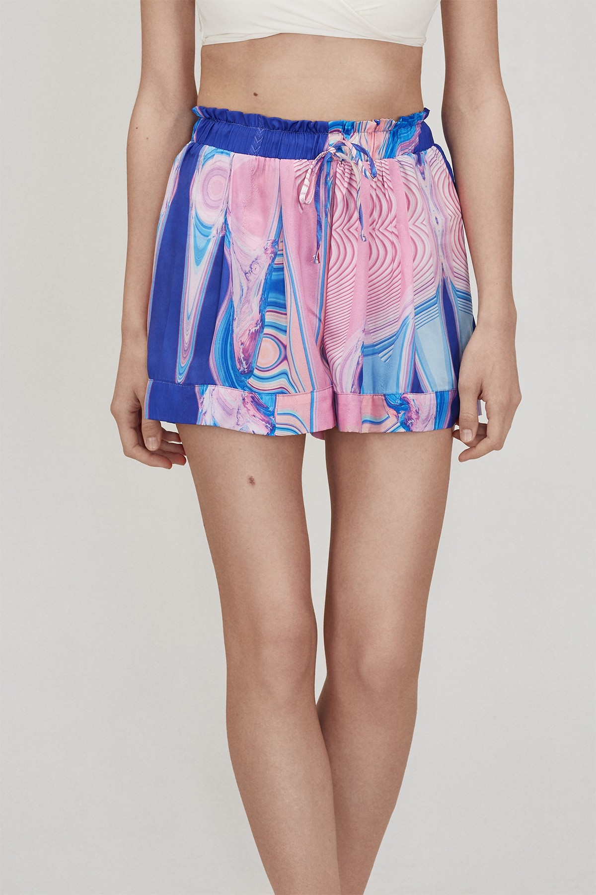 SPACE CAKE SHORTS LOOK 10